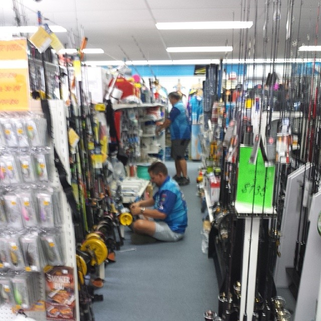 Sandgate Bait and Tackle Store - Great selection of fishing